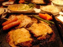 俵チーズハンバーグ