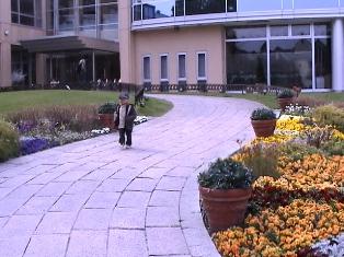 フラワーガーデンホテル庭