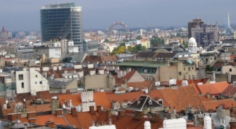 新旧の建物の融合が見事なウィーン市街