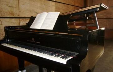練習室のピアノ♪~あゆの曲を弾いちゃったYO♪~