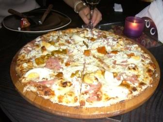 超BIGなピザ!!