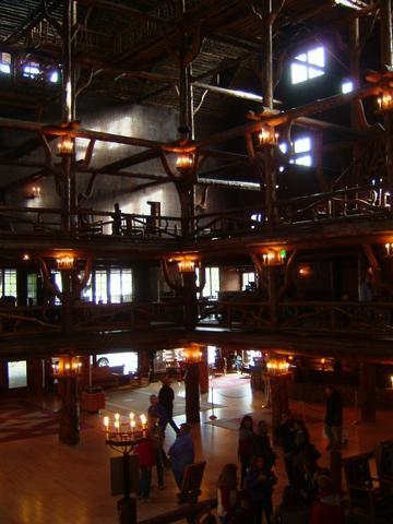 Old faitful Inn