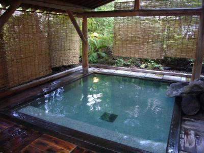 ホテル草津の露天風呂