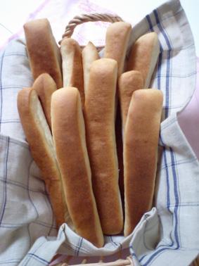 不揃いのパンたち