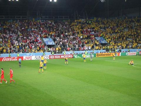 崩れ落ちるスウェーデンチーム