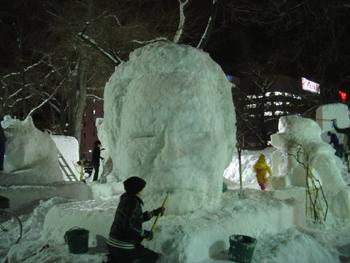 雪像2月2日(3日目)1