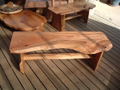 欅(けやき)のベンチ