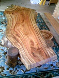 無垢一枚板の座卓(テーブル)