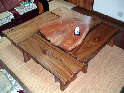 囲みテーブル(中央部囲炉裏有り)