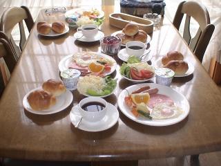 朝食は洋食