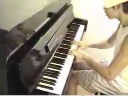 ピアノでマリオメドレー演奏
