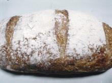 天然酵母くるみパン