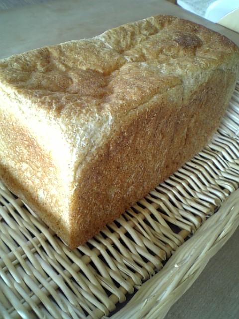 黒糖角食パン3