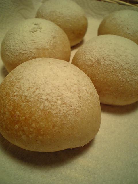 全粒粉テーブルパン