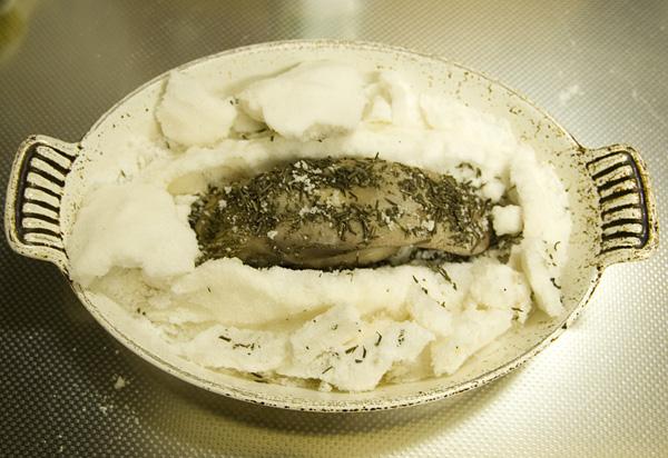 豚タンの塩包み焼