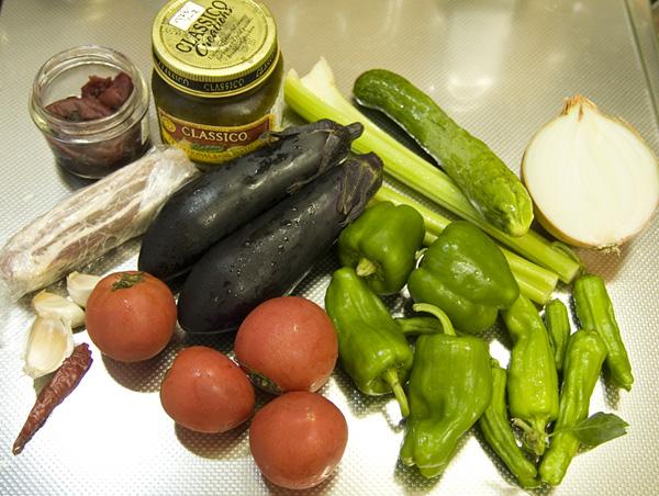 材料の野菜など