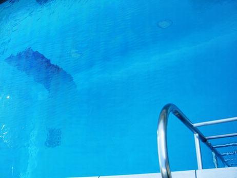 プール、上から