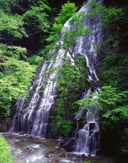 龍双ヶ滝 全景