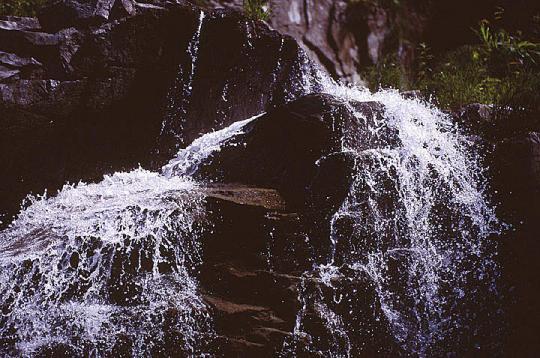 仏御前の滝 下段2