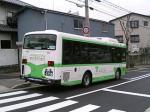 ふと振り向けばひっそりと停車する市バス。