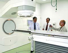放射線治療機器の設置など準備が着々と進むペットがんセンター=7日、鹿児島市東谷山2丁目の九州動物先端医療研究所