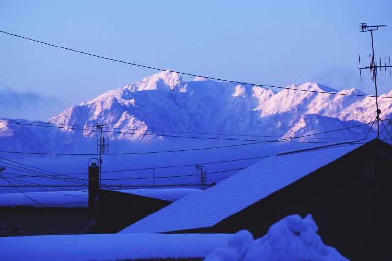 家から見る芦別岳