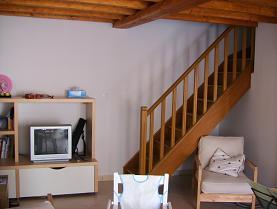 リビングから2階への階段