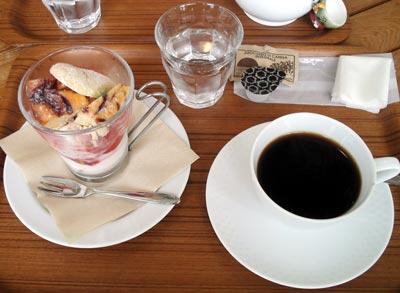 ストロベリーチーズケーキ&カフェ