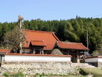 法栄寺の八却門と鐘楼