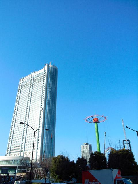 東京ドームホテル GR Digital: ISO64, 絞り優先AE, WB屋外, EV0, F3.5, 1/710s, sRGB