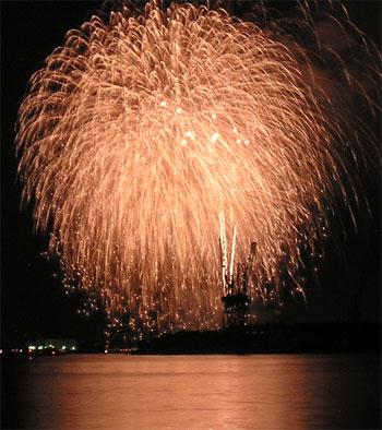 清水みなと祭り海上花火大会-3