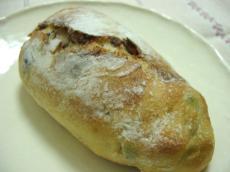 とらやベーカリー うぐいす豆パン1