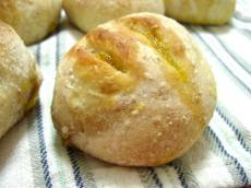 たむパン 胚芽パンプキンあんパン1
