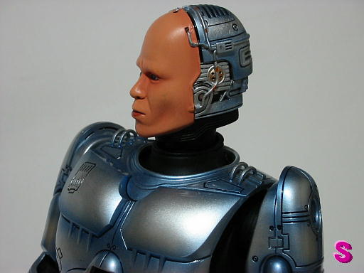 Toy Game On Ds : Robocop toy photos images gallery