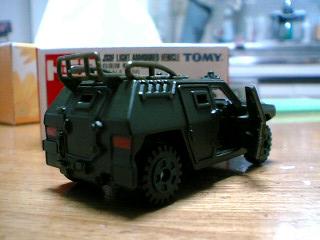 トミカ 自衛隊軽装甲車その2