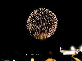 07.08.01(水)神奈川新聞花火大会005