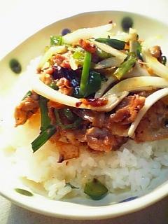 中華系スタミナ丼1-1