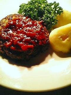 ほぐれるハンバーグでご飯を食べる1-1