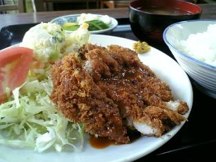 山田ホームレストラン本日の定食C ヒレカツ05