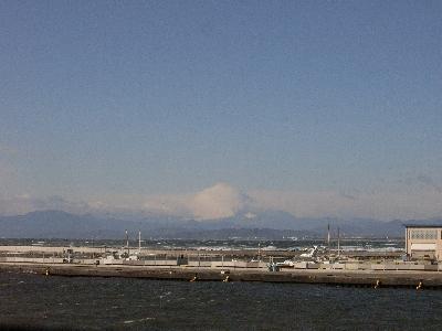 富士山が雲隠れしています...バレてますが。