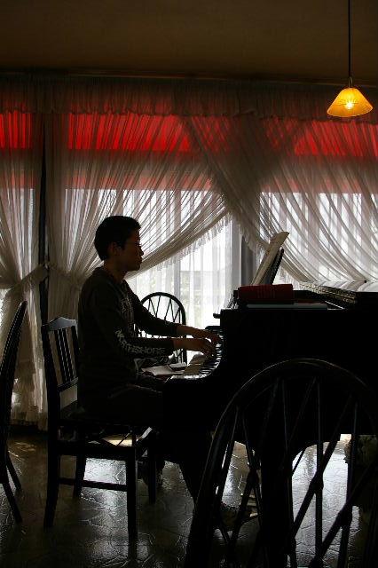 モンターニュのピアノ