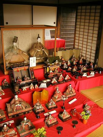 安中藩郡奉行役宅に飾られる享保雛