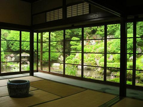 本陣客室と庭園