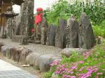 本山宿入口の石造物群