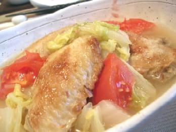 白菜とトマトの鶏手羽コラーゲン煮