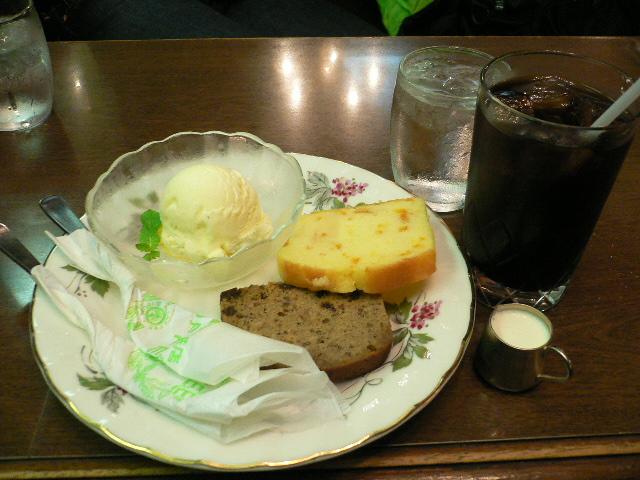 アイスコーヒー&丸福パウンドケーキセット!!
