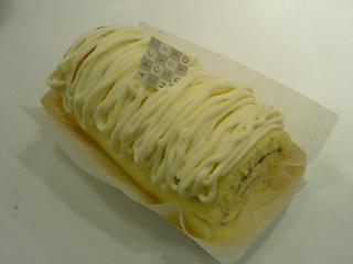 はぢめて作ったロールケーキ。